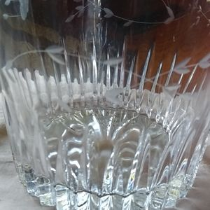 Princess House Accents - Stunning Etched Princess House Ice bucket bowl